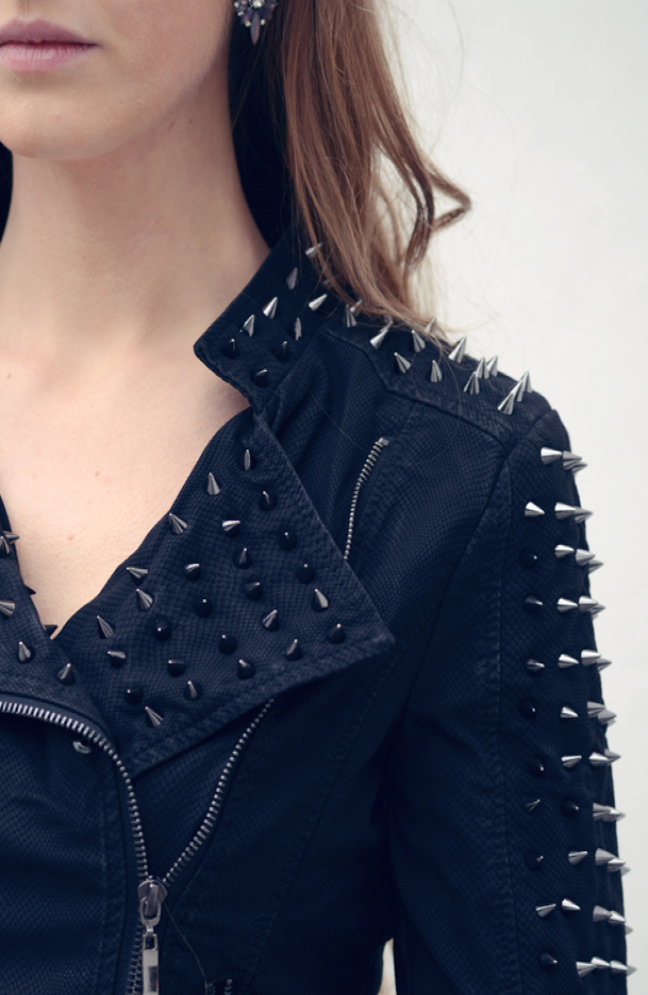 Spike-Biker-Jacket-TheMusthaves-Exclusief