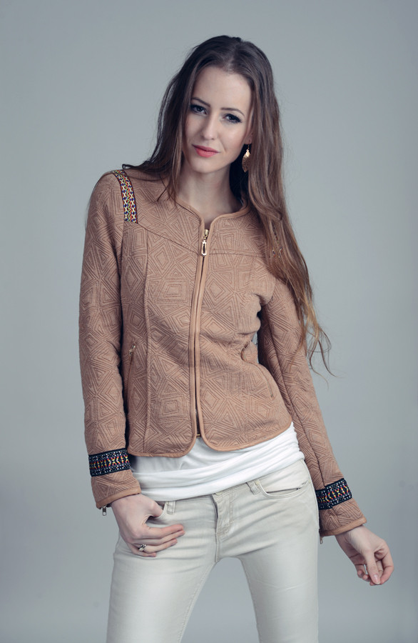 Aztec-Jacket-Camel-The-Musthaves