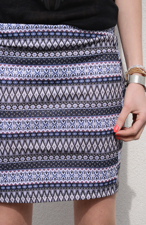 Aztec-Skirt-Grey