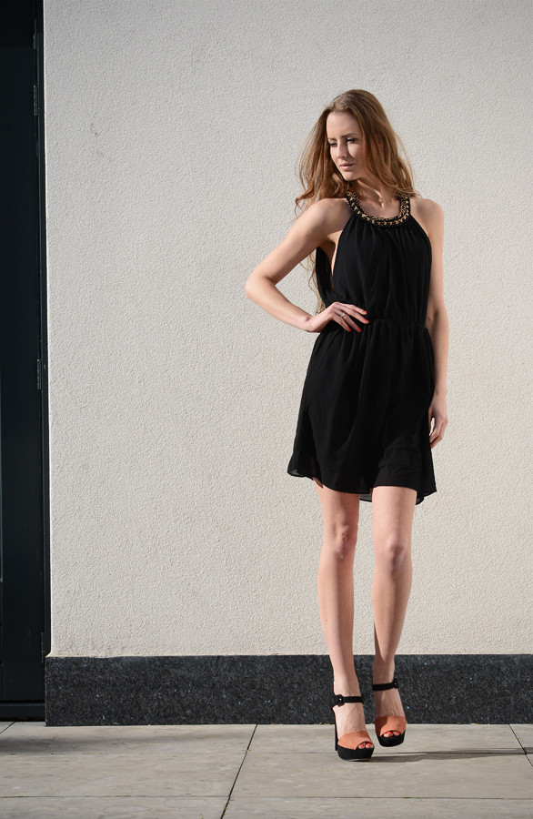 Miracle-Dress-Black-Musthaves