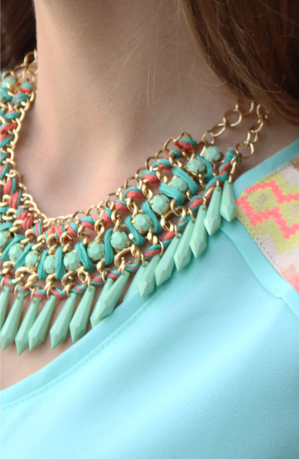 Luna-Necklace-Pastel-TheMusthaves