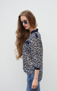 Musthaves-Panter-Blouse
