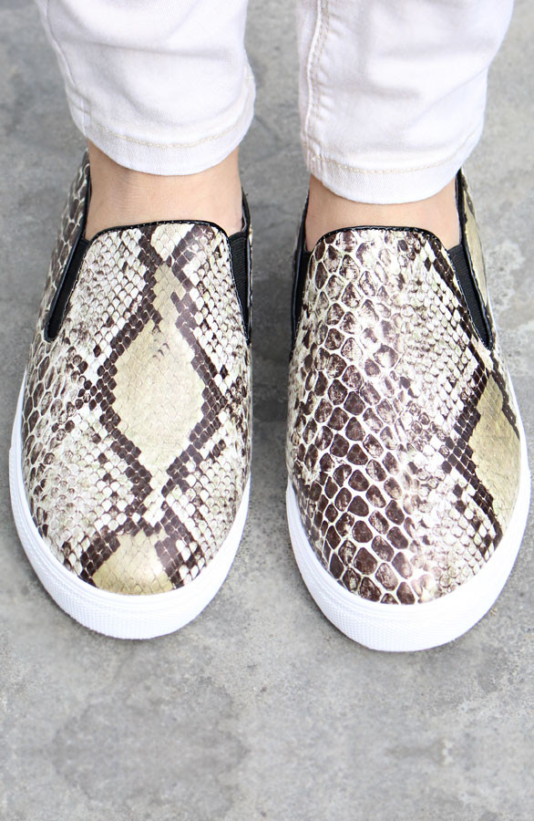 Sneakers-met-slangenprint-slip-on-snake