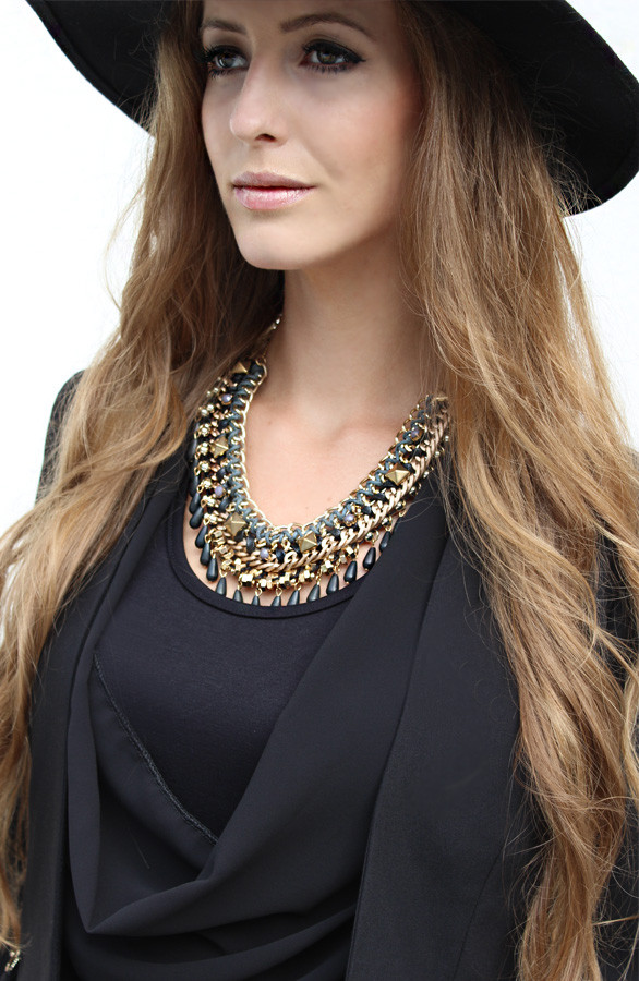 Zwarte-Musthave-ketting