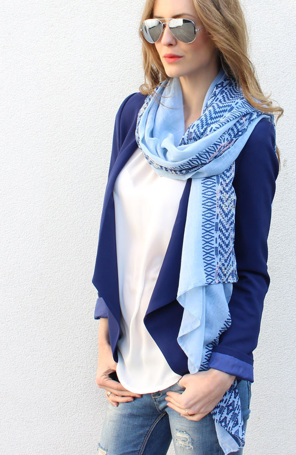 Musthave-sjaal-blauw