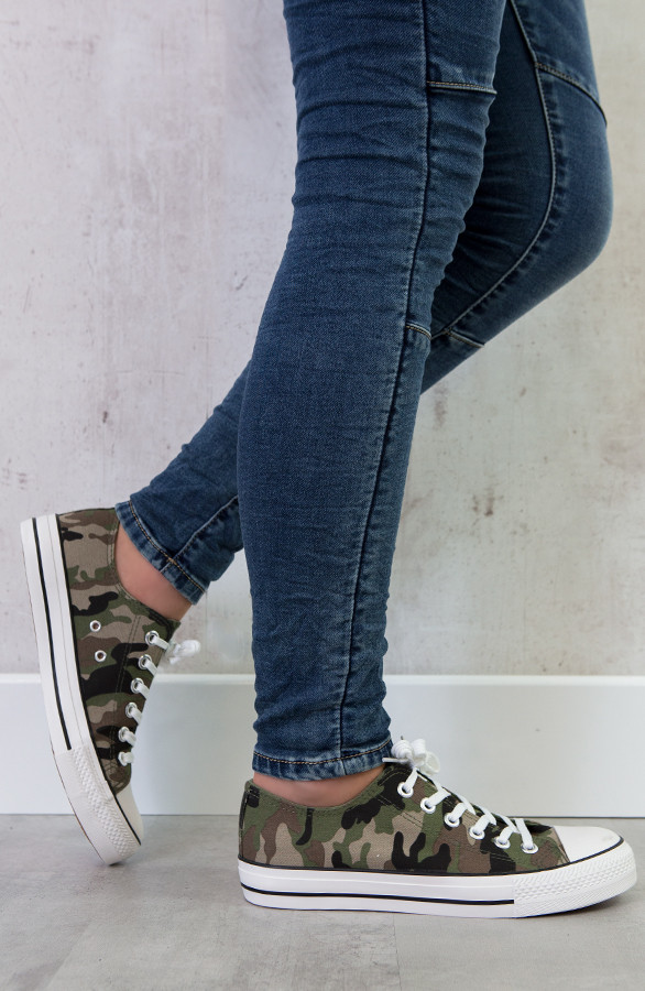 camouflage-sneakers-dames