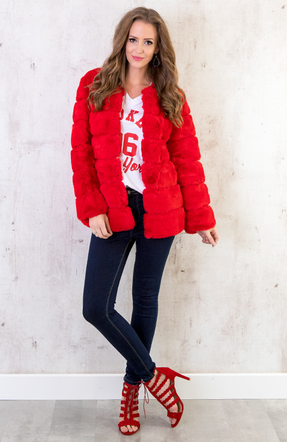 fake-fur-jassen-rood