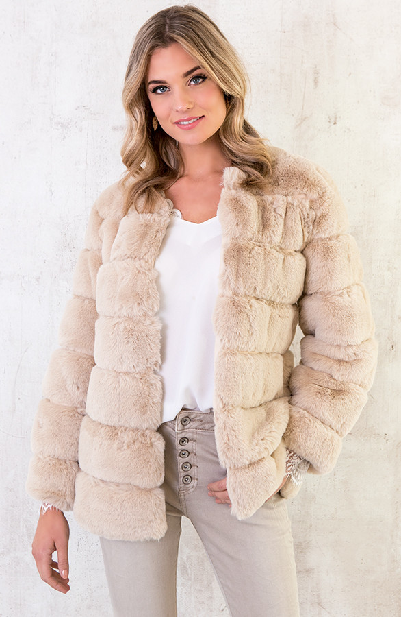 fake-fur-jassen-goedkoop