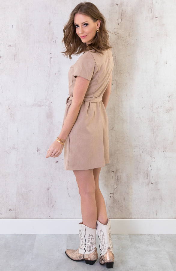 Suede-Jurk-Taupe-5