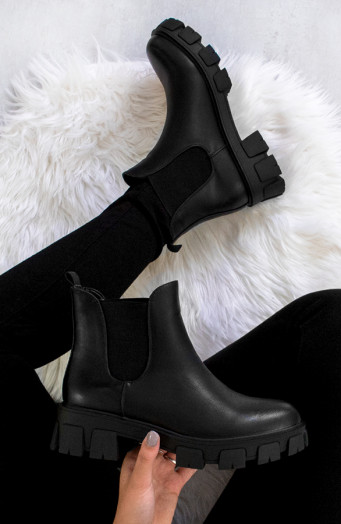 Stretch-Boots-Met-Plateauzool