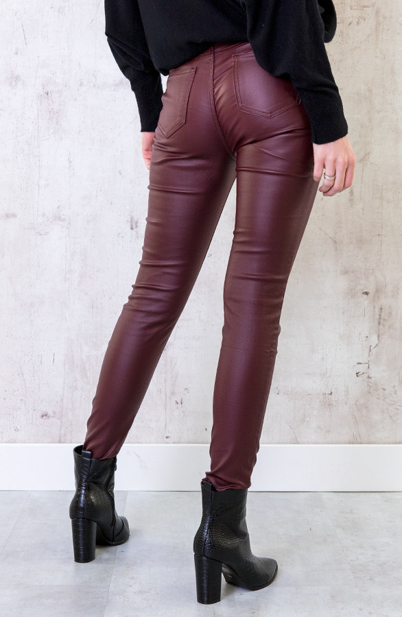 High-Waist-Coating-Jeans-Bordeaux-1