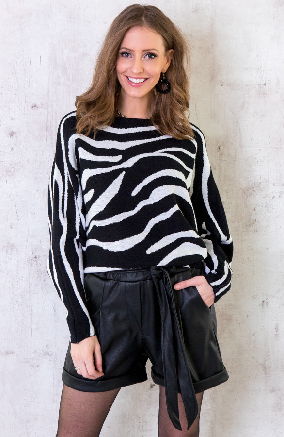 Oversized-Soft-Trui-Zebra-4
