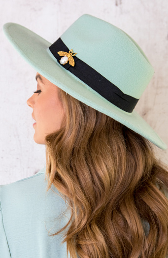 Exclusive-Hat-Bee-Mint-2-1