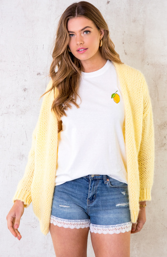 Oversized-Knitted-Vest-Soft-Yellow-6